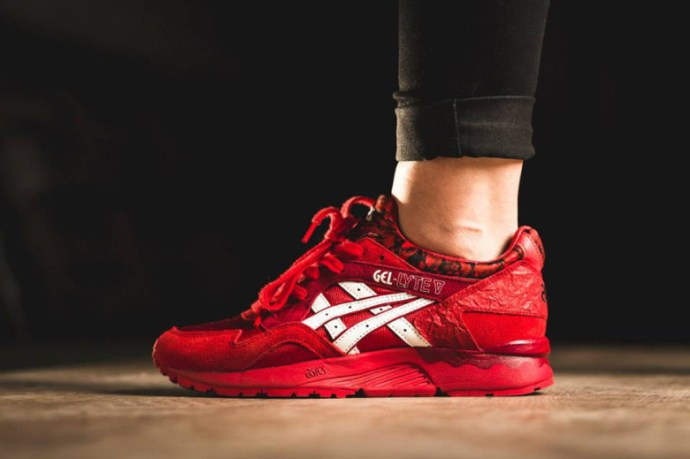 asics-gel-lyte-v-womens-valentines-day-1