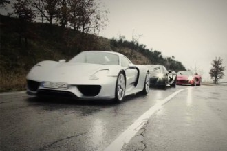 laferrari-vs-porsche-918-vs-mclaren-p1-for-top-gear-0
