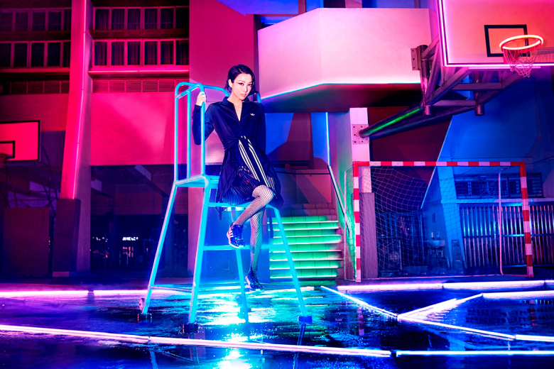 adidas-originals-2015-light-up-the-city-campaign-featuring-sammi-and-elva-2