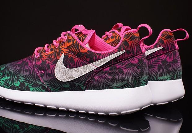 Nike-Roshe-Run-GS-Hot-Pink-Menta-Total-Orange-3