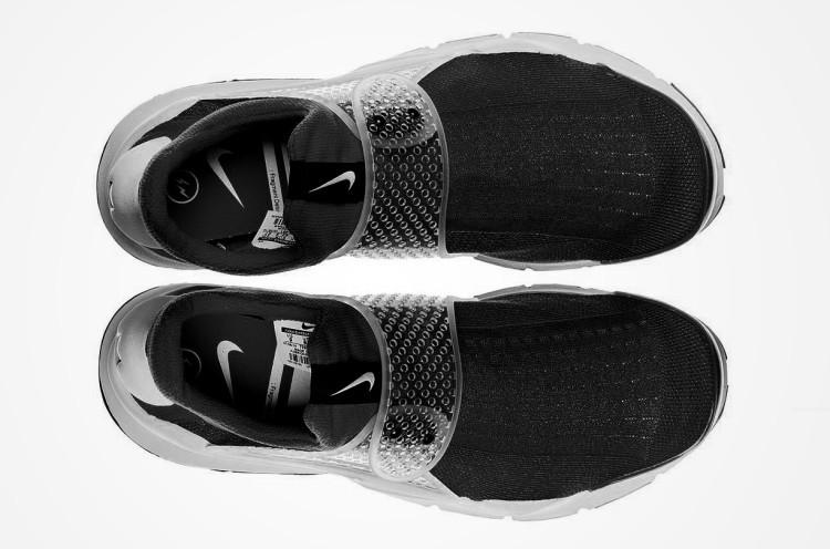 fragment-design-x-nike-sock-dart-black-2-e1425502052298
