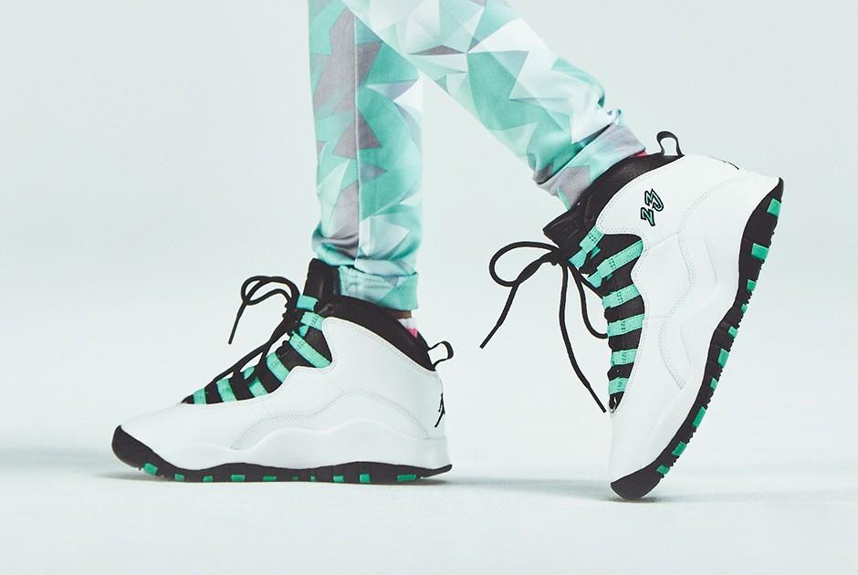 air-jordan-10-gs-bleached-turquoise-2