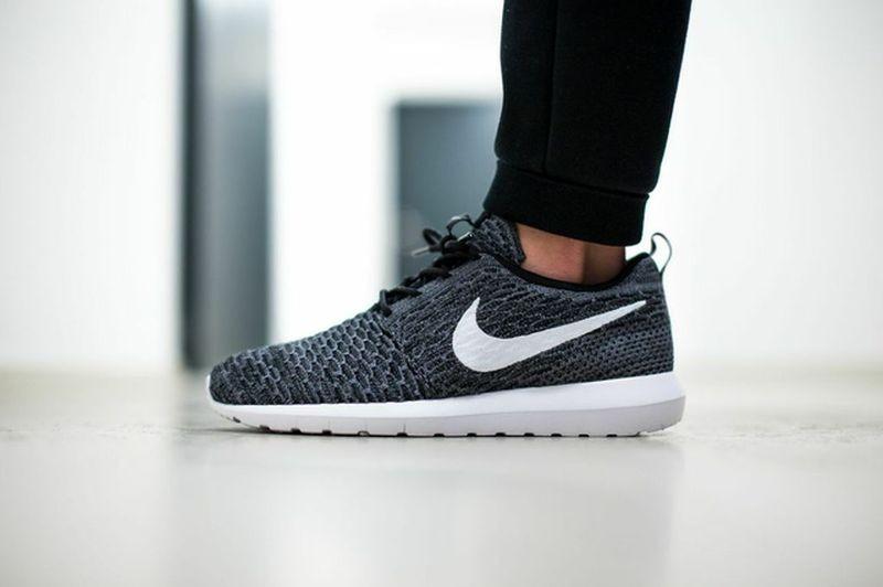 titolo-sneakers_09