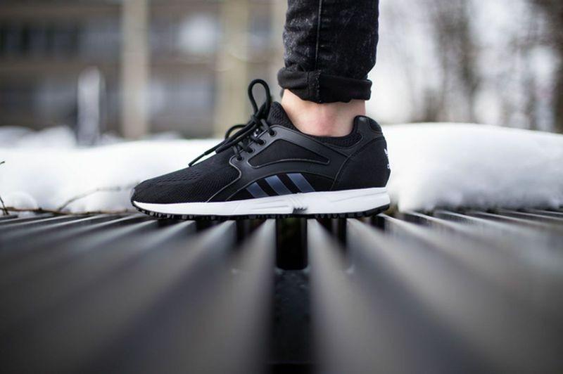 titolo-sneakers_16