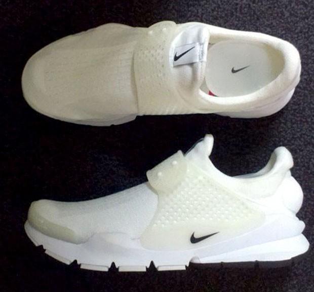 nike-sock-dart-all-white_02