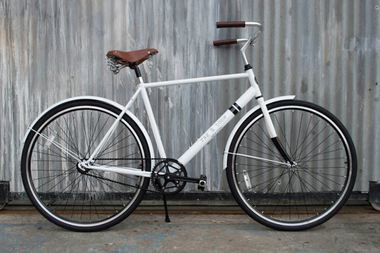 rag-bone-x-sole-launch-limited-edition-rialto-city-cruiser-bicycle-ride-sharing-program-1