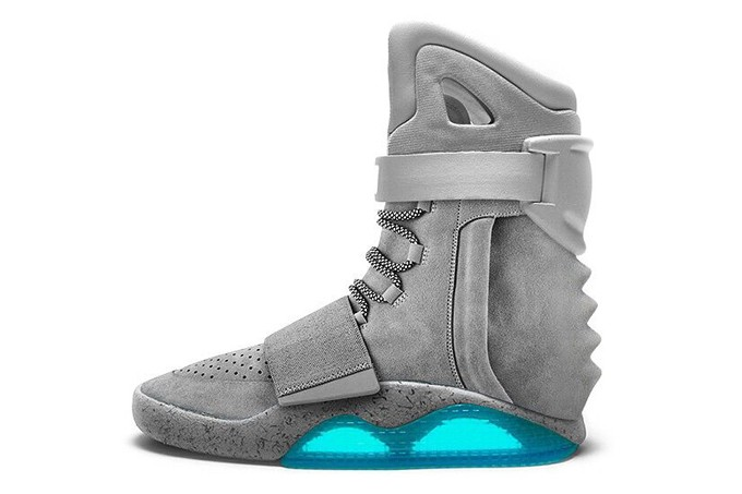 Nike Air Mag x adidas Originals Yeezy 750 Boost x Nike Air Yeezy 2