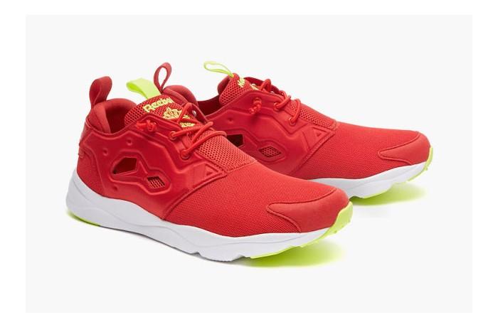 reebok-furylite-og-red-rush-pack-02-630x419