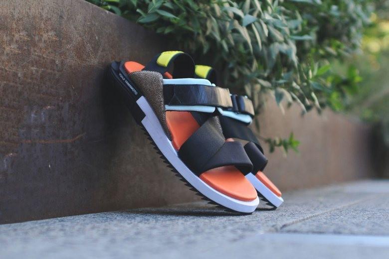 y-3-2015-springsummer-kaohe-sandal-blackorange-1