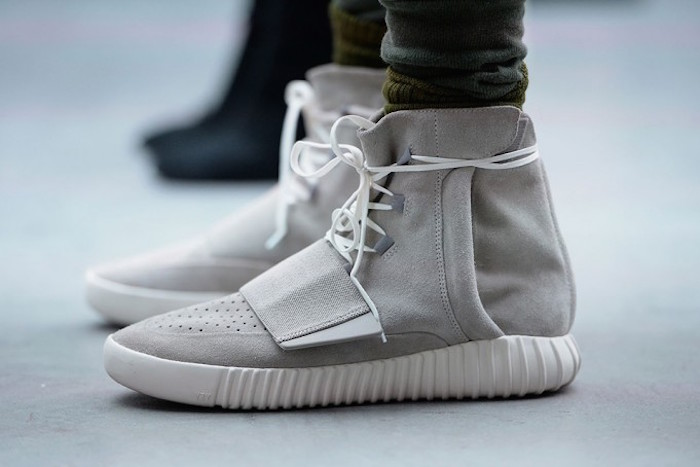 undefeated-yeezy-boost-giveaway-681x454