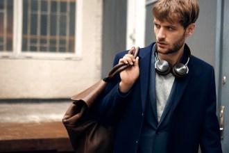 【B&O PLAY H8】配合廣受讚譽的B&O Signature Sound、質感材質和輕巧外型,BeoPlay H8不僅是市面上的又一傑出新品,更是同類產品中的佼佼者
