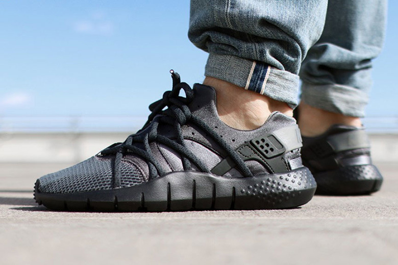 nike-huarache-nm-dark-gray-anthracite-1