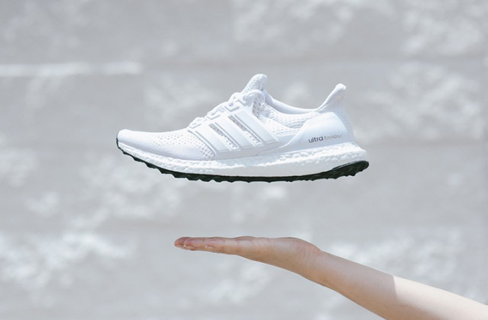 a-closer-look-at-the-adidas-ultra-boost-all-white-1