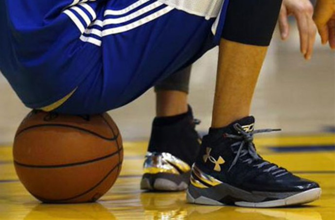 ua-curry-two-black-silver