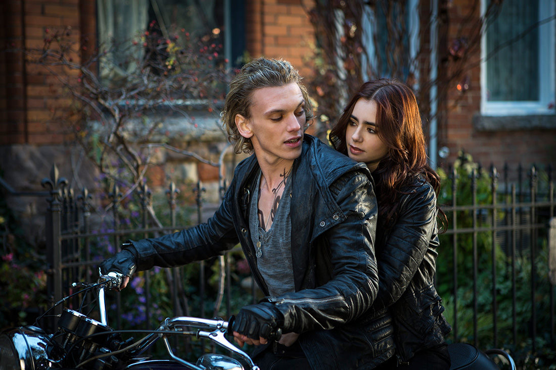_The-Mortal-Instruments-City-of-Bones-still-jace-wayland-34716825-3000-2000
