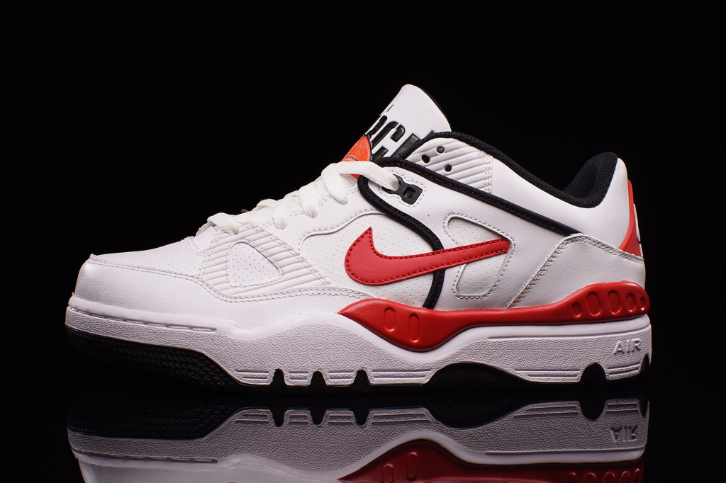 nike-has-re-released-the-air-force-iii-low-1