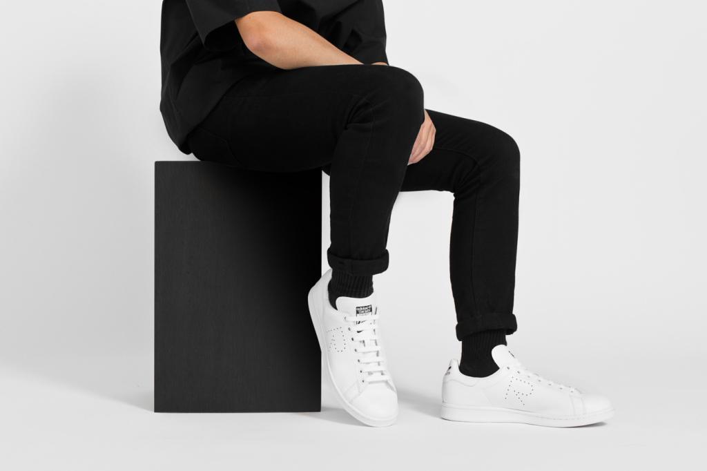 raf-simons-x-adidas-originals-stan-smith-2015-fall-winter-collection-01
