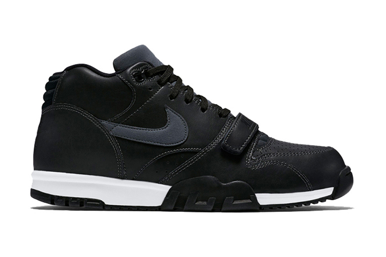 nike-air-trainer-1-black-leather-1