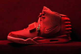 the-sneaker-lab-looking-into-the-construction-and-quality-of-the-air-yeezy-2-red-octobers-1