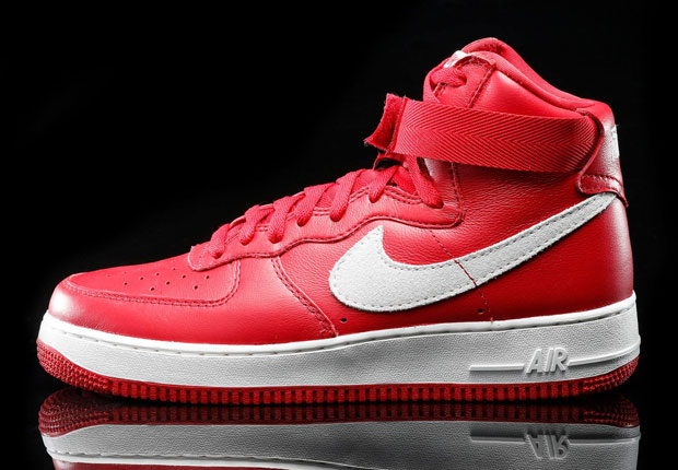 nike-air-force-1-high-remastered-red-white-2