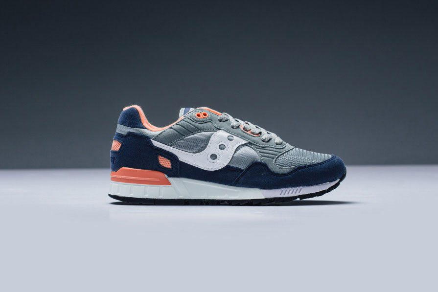 saucony-shadow-5000-gray-blue-sneaker-1