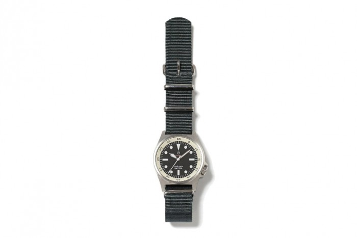 fragment-design-military-watch-the-pool-aoyama-2015-winter-1