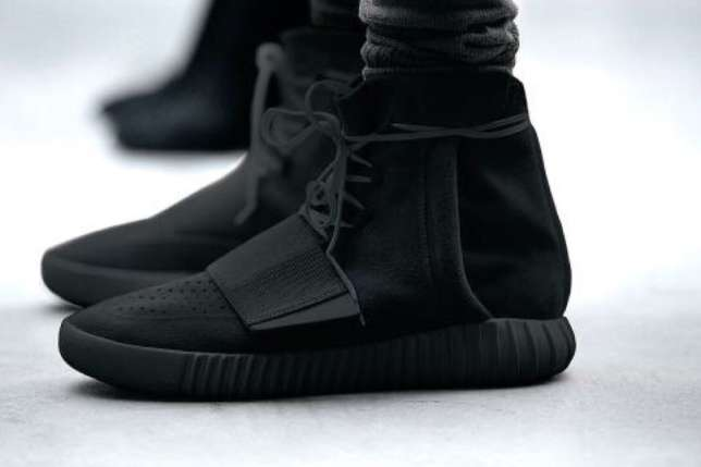 Yeezy-boost-750-black