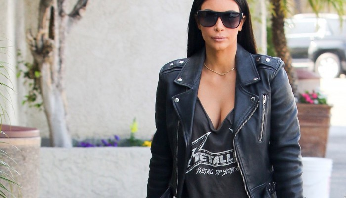 worst-fashion-trends-2015-Wearing-Merch-From-Bands-You've-Never-Heard-Of-1-1200x688