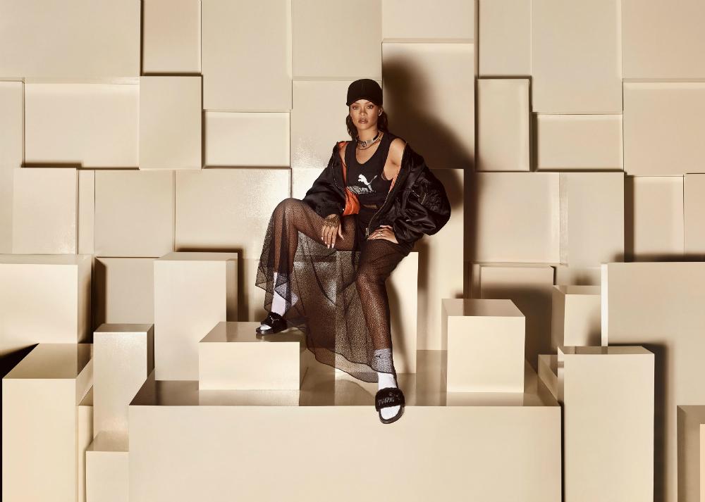 雷哈娜奢華美學 The Fur Slide by FENTY  4月22日全球同步上市