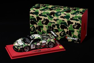 a-bathing-ape-tarmac-works-bbr-models-ferrari-458-gt3-01