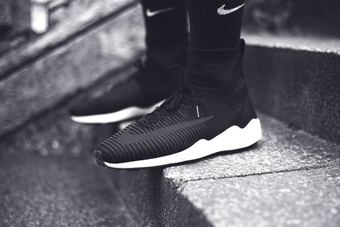 Nike-FC-SS16-Sneakers-Addict-Lookbook-BW-012-1010x673