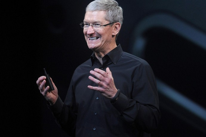 apple-ceo-tim-cook-appointed-director-of-nike-board-1