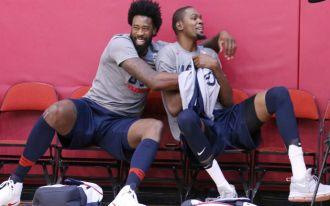 072116-NBA-DeAndre-Jordan-Kevin-Durant-Team-USA690