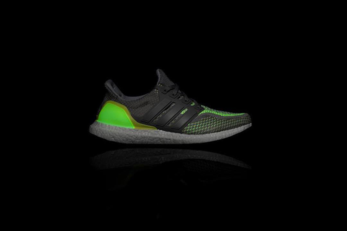 adidas-ultraboost-glow-in-the-dark-11
