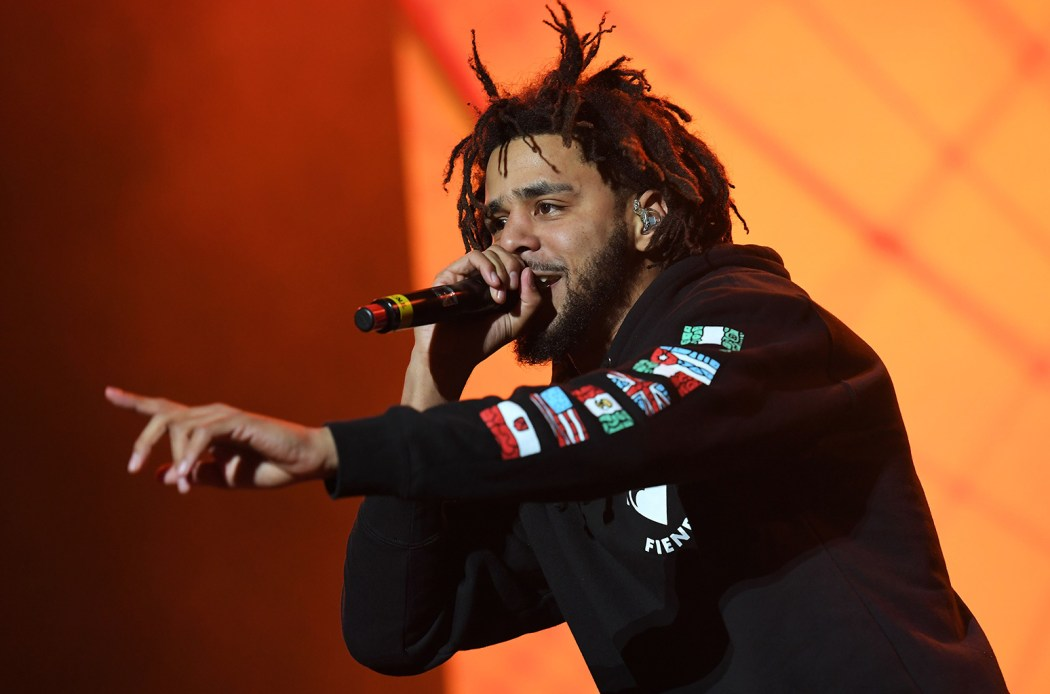 j-cole-meadows-festival-2016-billboard-1548