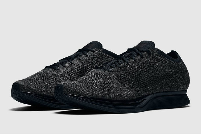 nike-flyknit-racer-triple-black-official-images-21