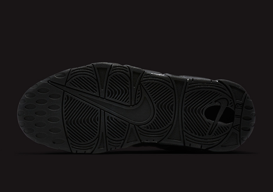 nike-air-more-uptempo-black-reflective-3m-07