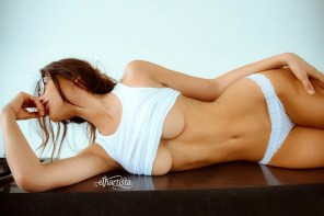 必追蹤!被稱為「最會拍裸女」的攝影師,就是能把女體拍得如此不色情!