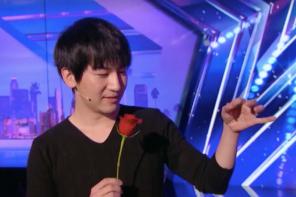 台灣魔術師蔡威澤美國達人秀「硬幣瞬移」神技演出,網友瘋喊:「這是魔法吧!」