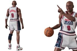 無法超越的傳說!Michael Jordan 「夢一隊」可動式公仔擺在家裡供俸不為過吧?