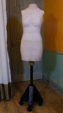 Q, my dress form v2