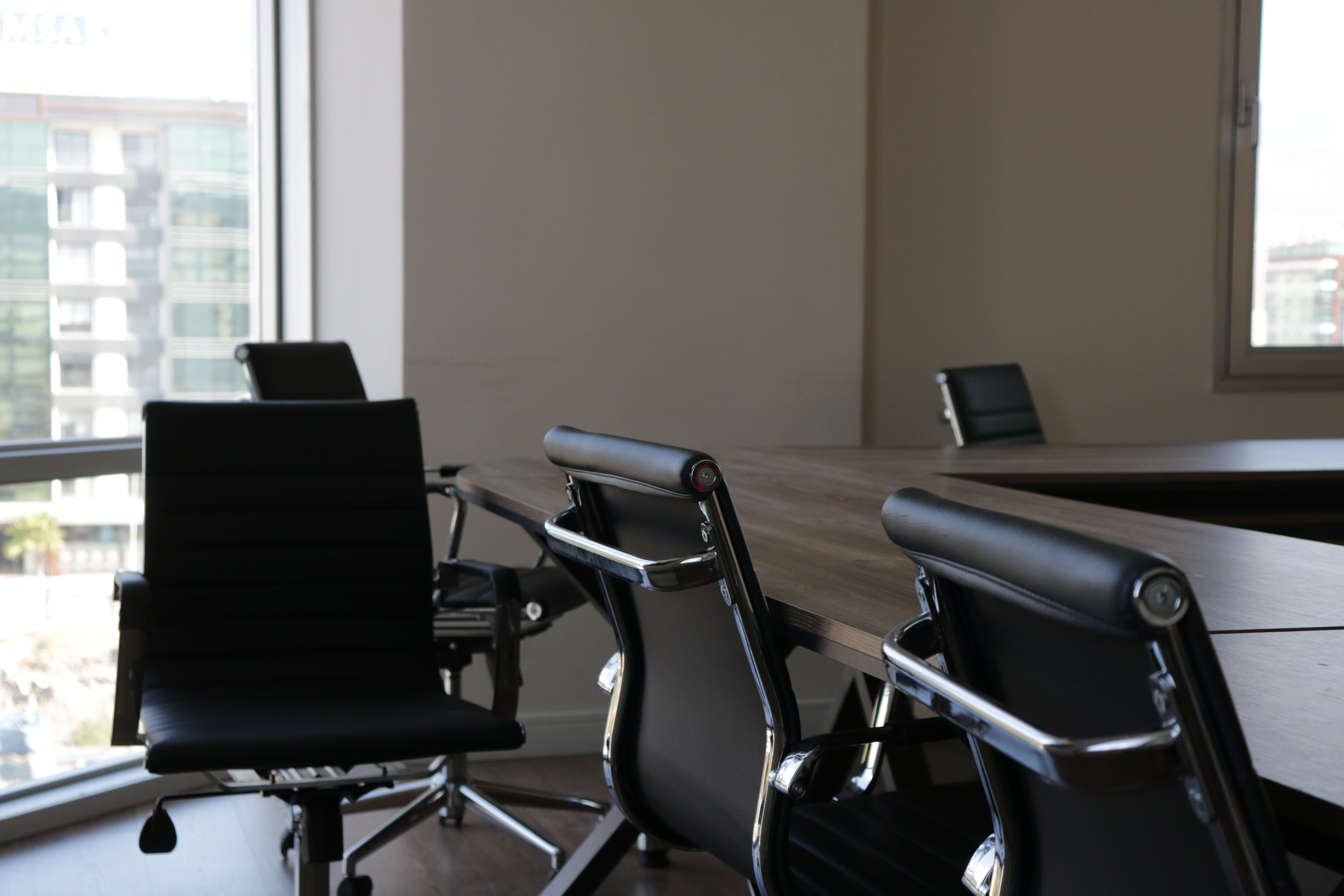 Top 9 Best Big and Tall Office Chairs (2020 Review)