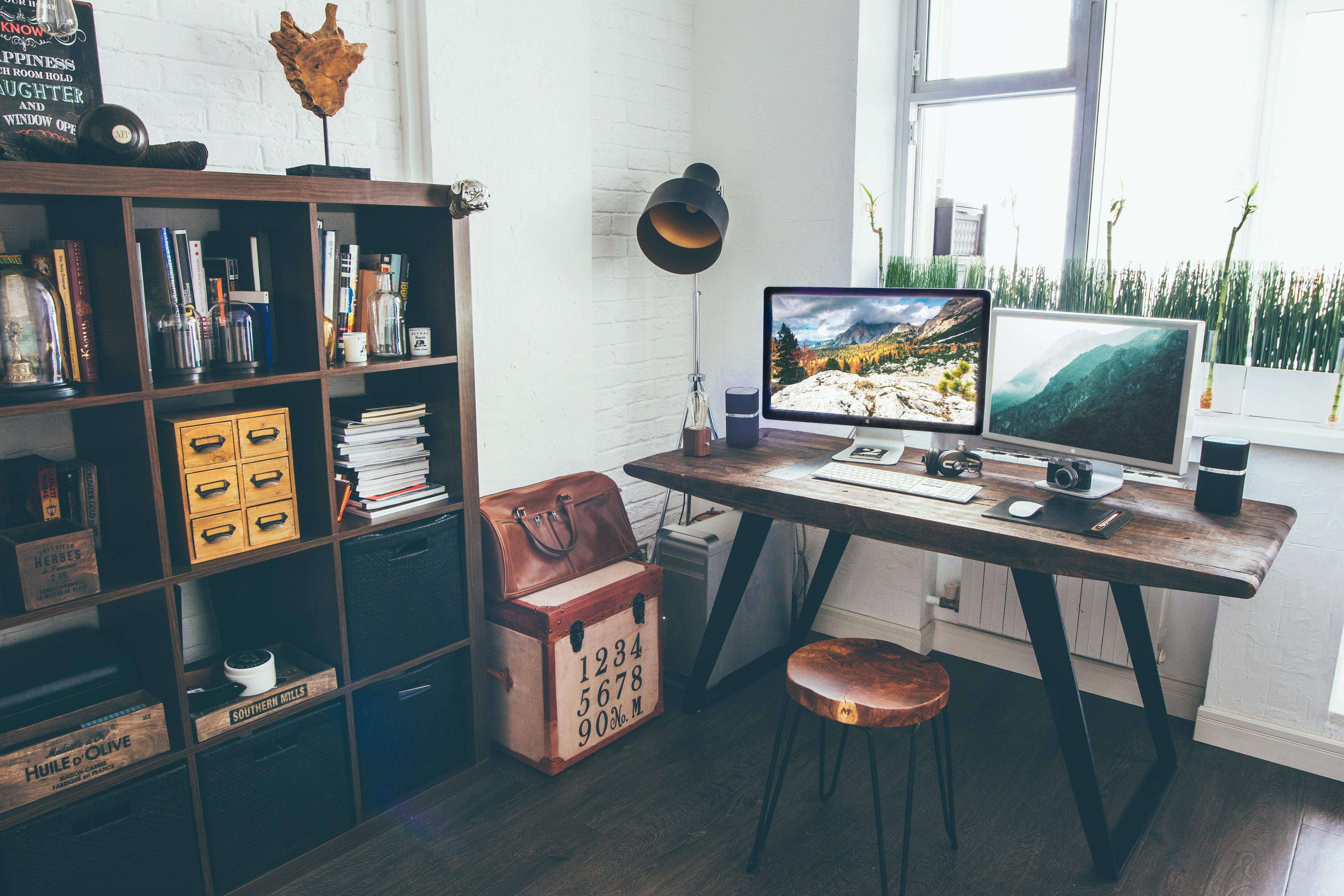 The 9 Best Under Desk Footrests (2021 Review)