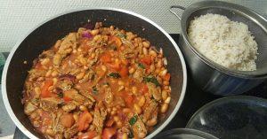 bruine bonen en rijst