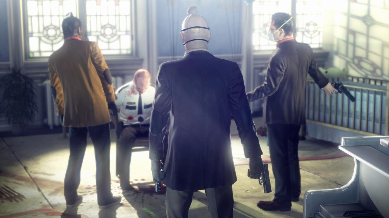 Agent 47 interrogates a hostage in Hitman: Absolution.