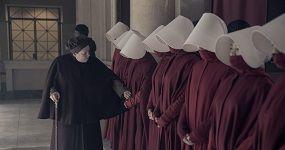 """לידיה והשפחות, סיפורה של שפחה, עונה 3, פרק 6. צילום יח""""צ באדיבות HOT"""