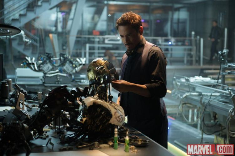 Tony-Stark-Age-of-Ultron