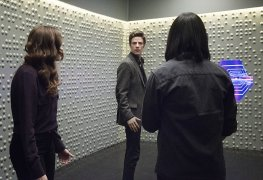 """The Flash: """"The Trap"""" Review"""