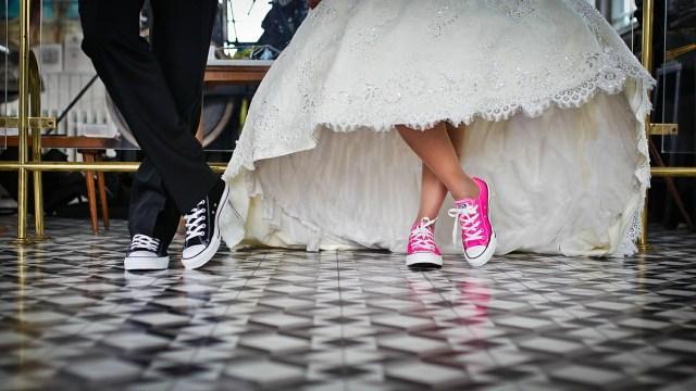 台湾の結婚式の費用と式場!引き出物や招待状は?紅包ってどういうもの?