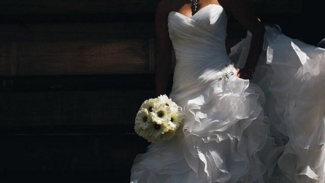 花嫁のメイクが濃いのは?厚塗りは?ギャルみたいにならないためには?